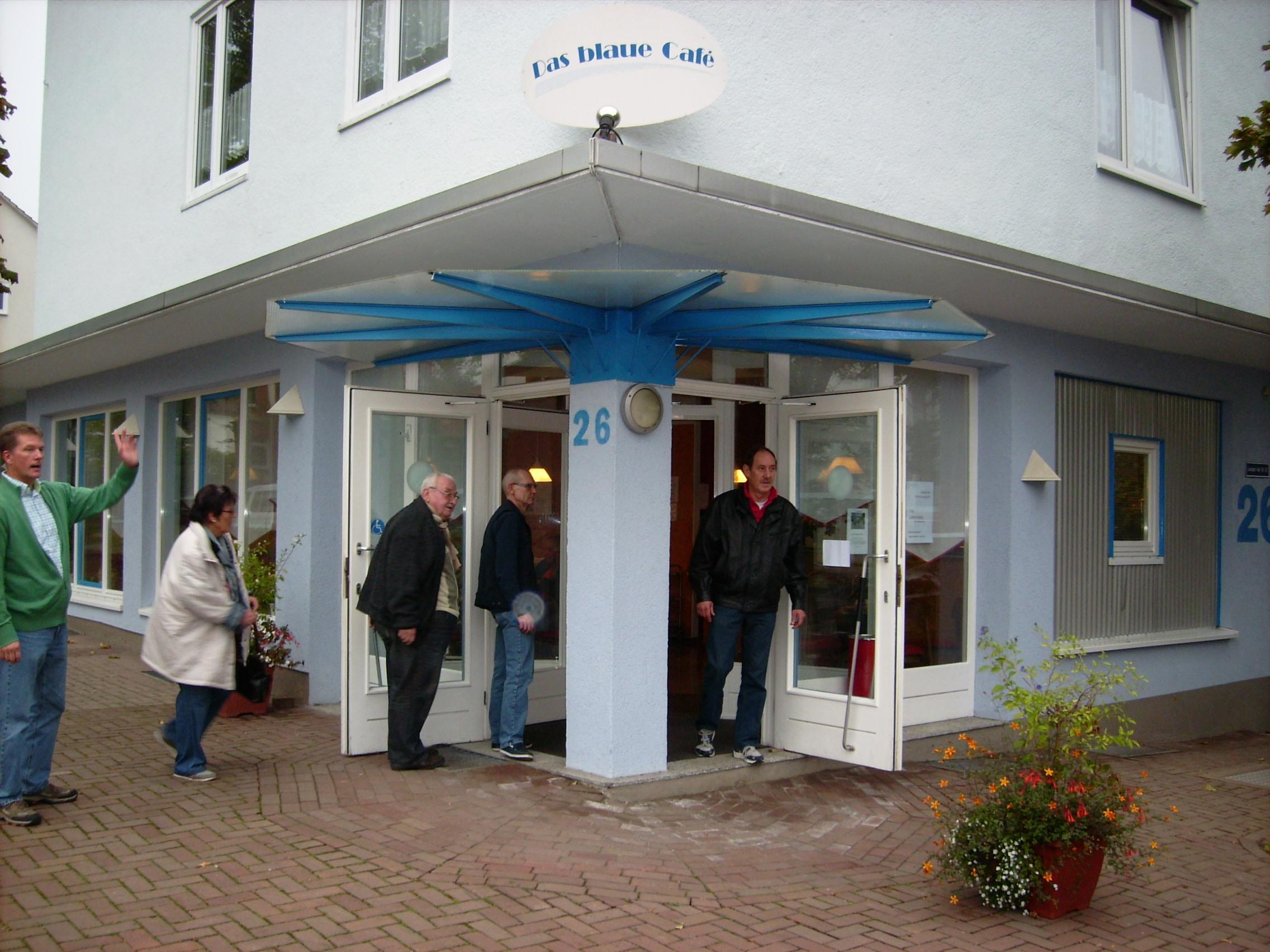 Blaues Cafe 03
